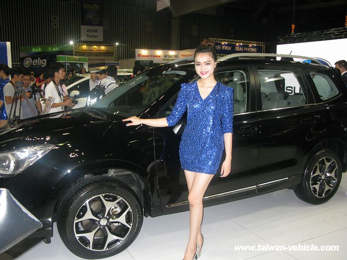 2014 Saigon Autotech & Accessories Show Photos (2)